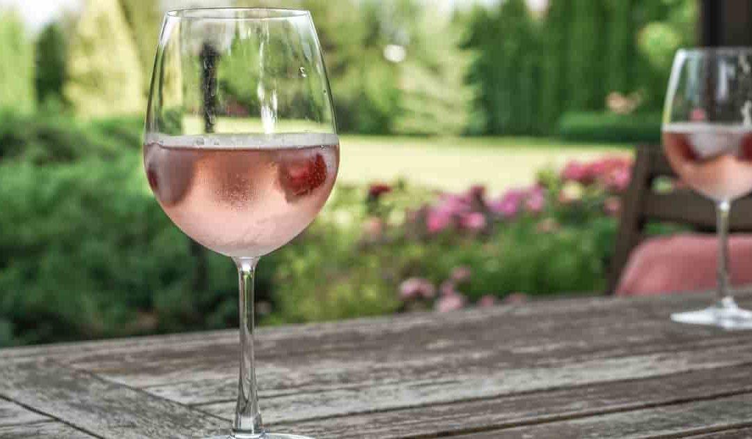 У лета цвет розового сидра